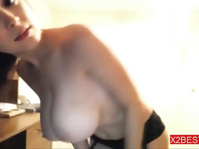 Puny Amateur Sexy shows Nice Body on Cam                  ---X2Best.com---
