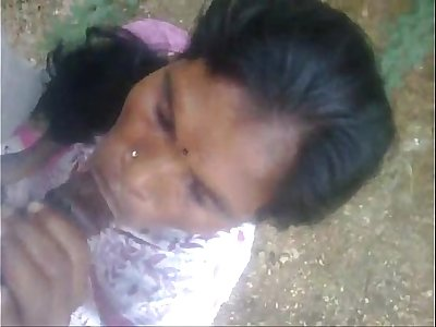 indian maid blowjob jizz flow outside