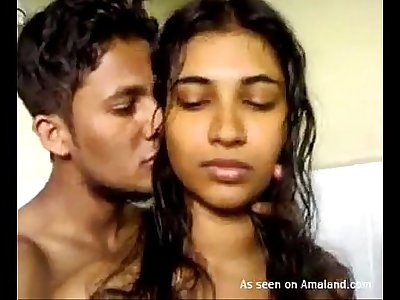 Indian honey gives a hot blowjob