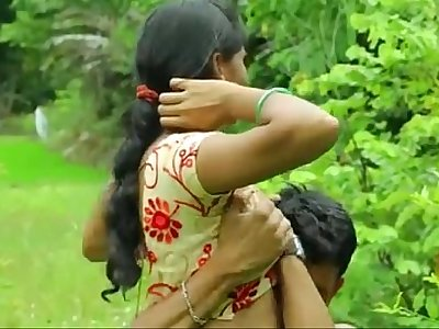 Uber-sexy Indian desi gal fucking romance outdoor hook-up - xdesitubes.com